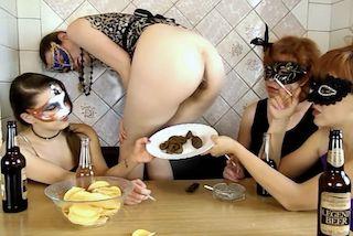 Eat scat Lesbian Scat